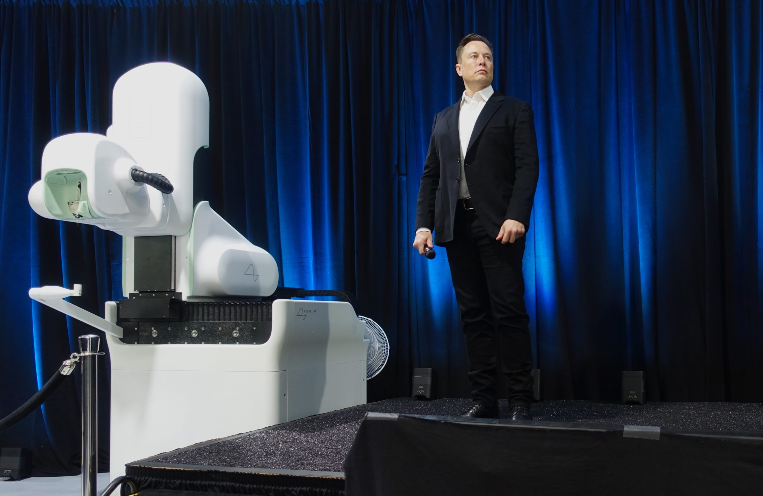 Are Elon Musk's brain chips that big of a deal?